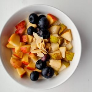 Oats with Peanut Butter and Fresh fruits