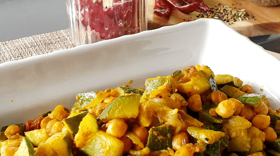 Easy Summer Courgette/Zucchini with Chickpeas